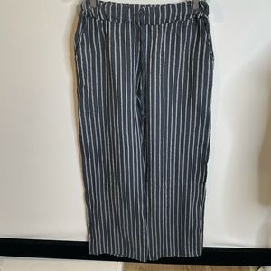 Made in Italy linen NWT M pants navy striped wide